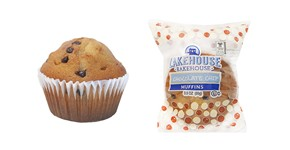 75768_Chocolate_Chip_Muffin_and_Wrapping_for_WEB